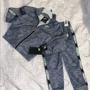 NWT toddler boys size 24 months Nike Tracksuit